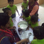 MAKING MILK SHAKE ACTIVITY (PLAYGROUP) 07.09.2016