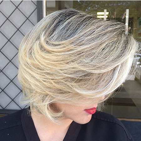 Latest Short Bob Hairstyles for Round Faces 2