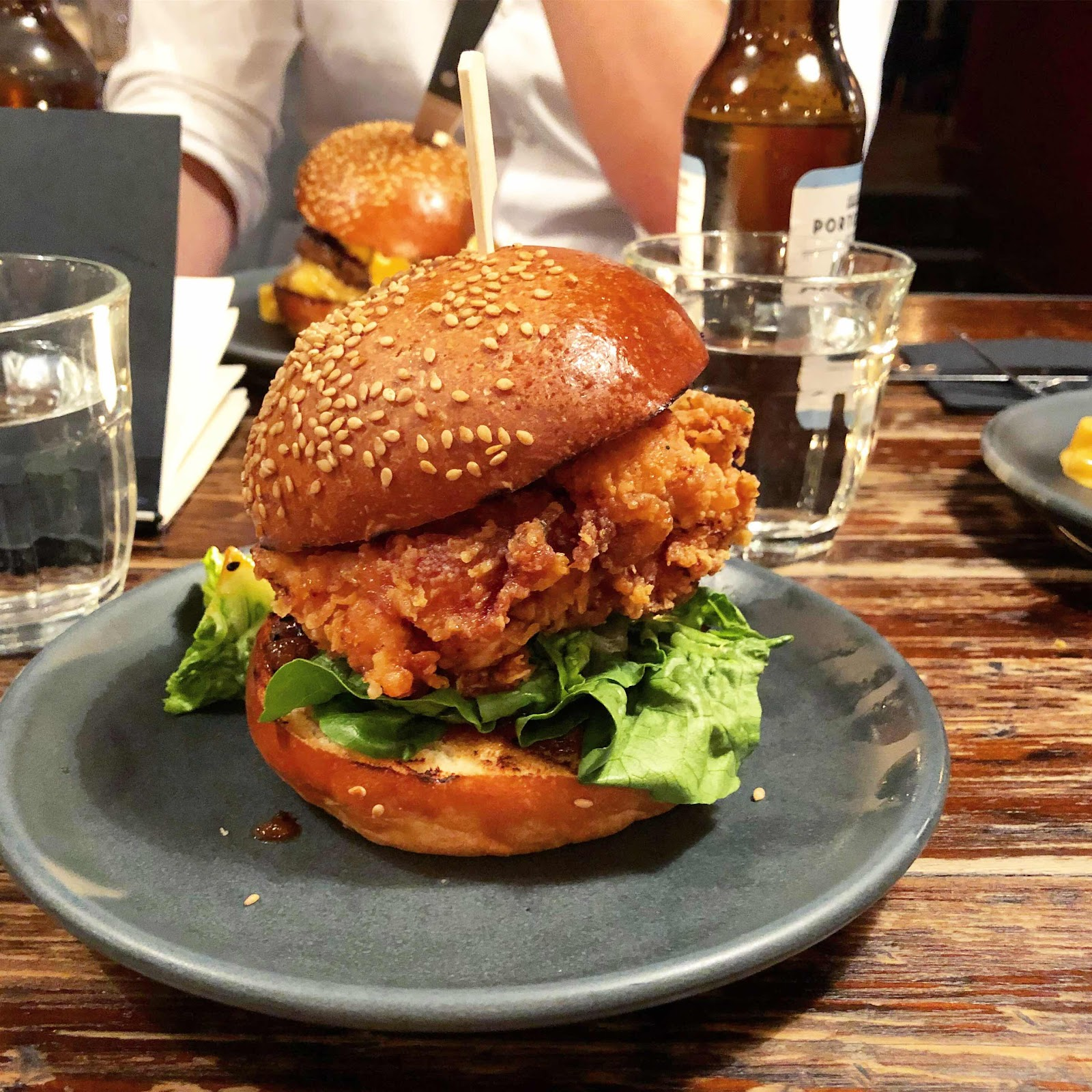 dirty-bones-spicy-chicken-burger-review