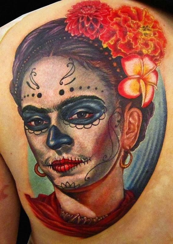 frida_kahlo_retrato_com_açcar_crnio_maquiagem
