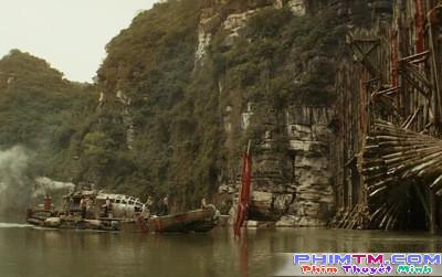 13 chi tiết vô lý đến nực cười trong bom tấn Kong: Skull Island - Ảnh 7.
