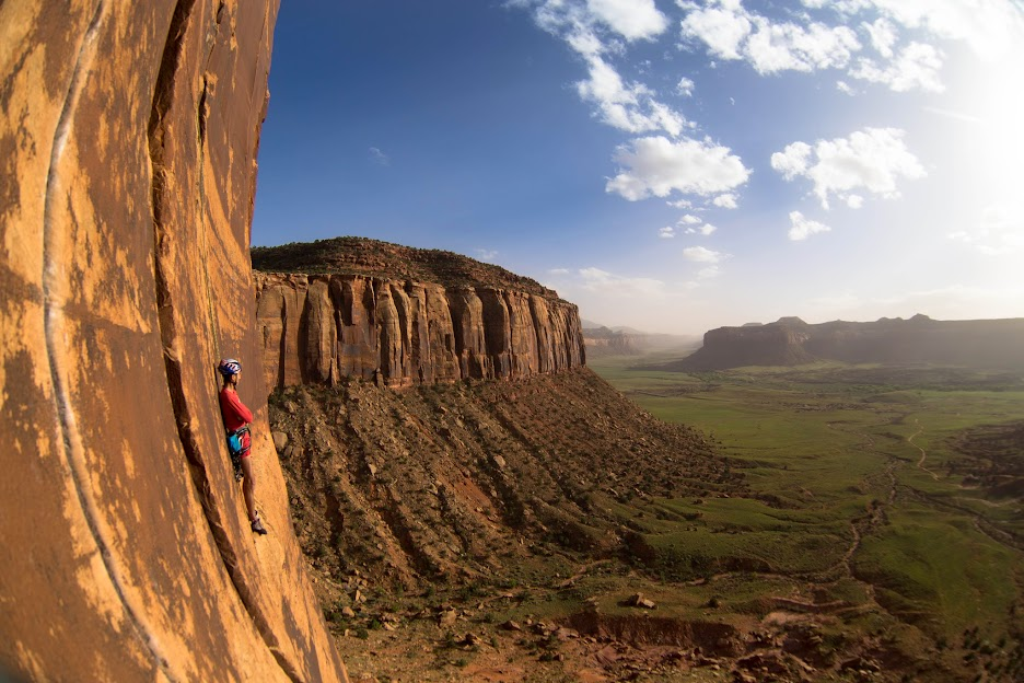 Медитация на скалах