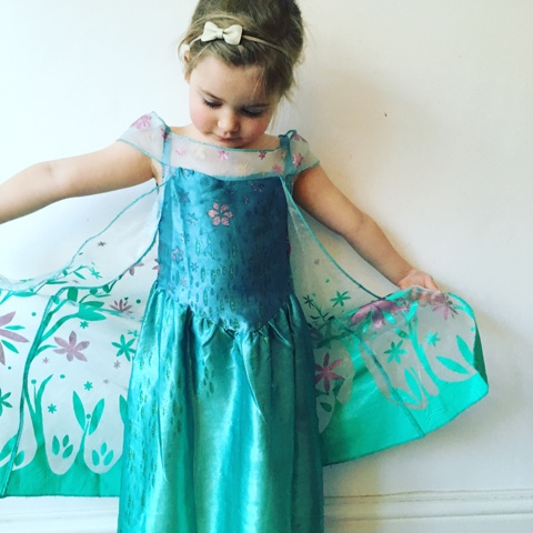 Mini Elsa ready for frozen on ice