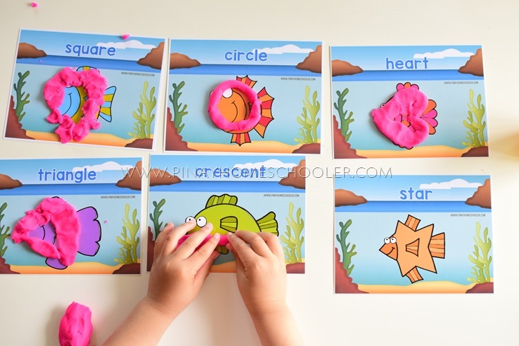 FISH SHAPES PLAYDOUGH MAT