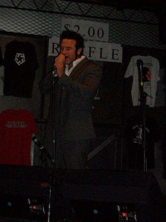 Hypnotica Pickup Artist Sing 1, Hypnotica