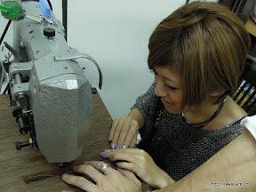 ミシンでそろそろと縫い中。