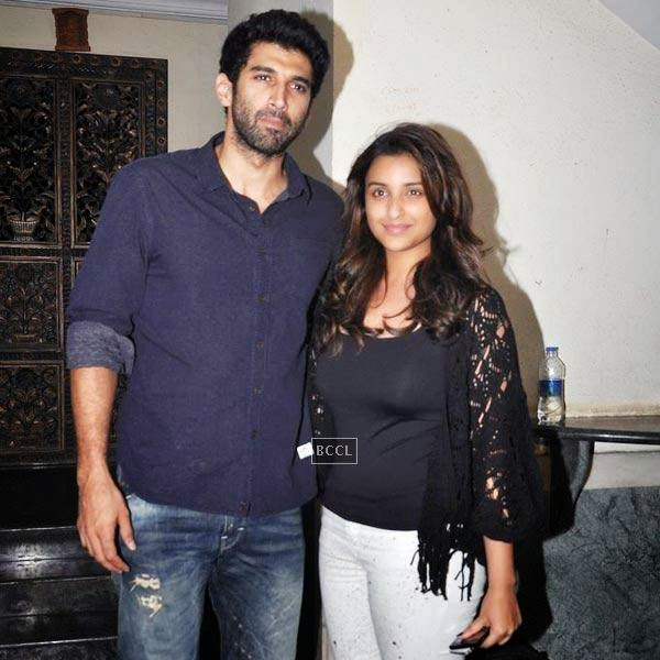 Aditya Roy Kapur and Parineeti Chopra pose together during the wrap-party of Bollywood movie Mary Kom, held at Sanjay Leela Bhansali's residence on July 26, 2014.(Pic: Viral Bhayani)