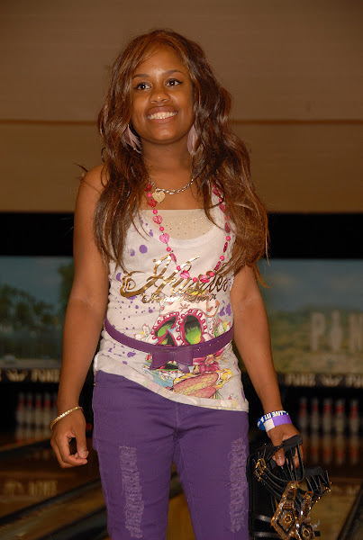 KiKi Shepards 8th Annual Celebrity Bowling Challenge (2011) - CBC%2B2011_Paizley.jpg