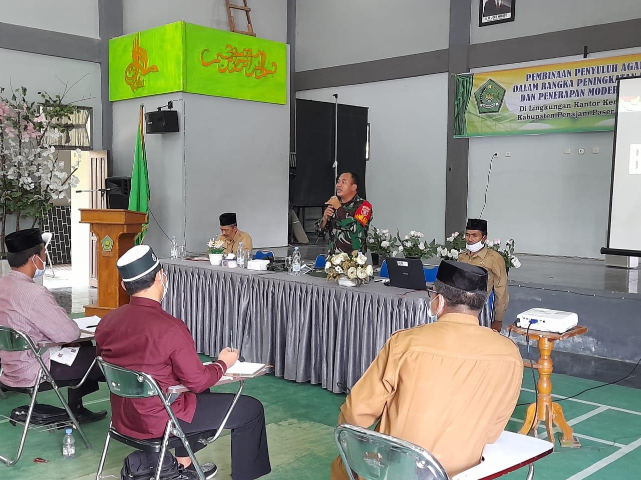 Tingkatkan Kopetensi , Danramil Penajam Kapten Inf Imam S Beri Pembinaan Penyuluhan Agama Islam PNS dan Non PNS