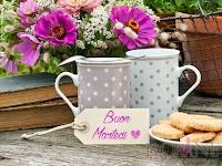 buon martedi immagine con frase aforismo tazze fiori biscotti.jpg
