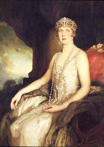 Victoria_Eugenie_of_Battenberg- Philip de László