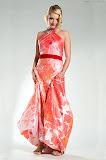 – LIP saténové šaty ručně malované - orientační cena 10.000,-Kč foto: Petr Kuchař