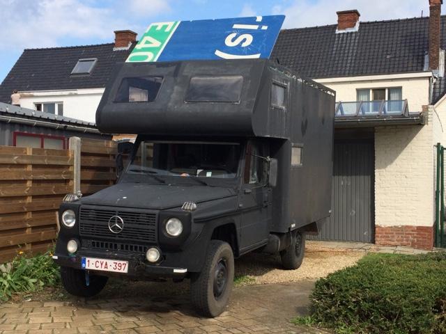 Motorhome renovation: Blac's new roof hatch