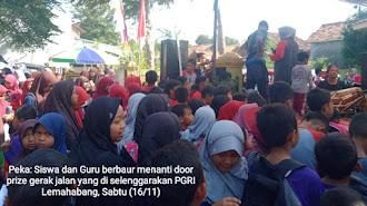 PGRI Lemahabang Gerak Jalan Berhadiah Sepeda