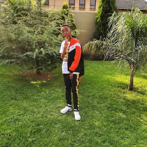 user Obakeng Mannya apkdeer profile image
