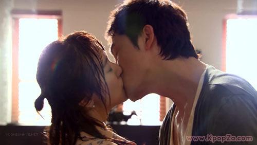 """มาแล้วคลิปจูบหวานๆ จาก Yoon Eun Hye และ Kang Ji Hwan ใน """"Lie To Me"""""""