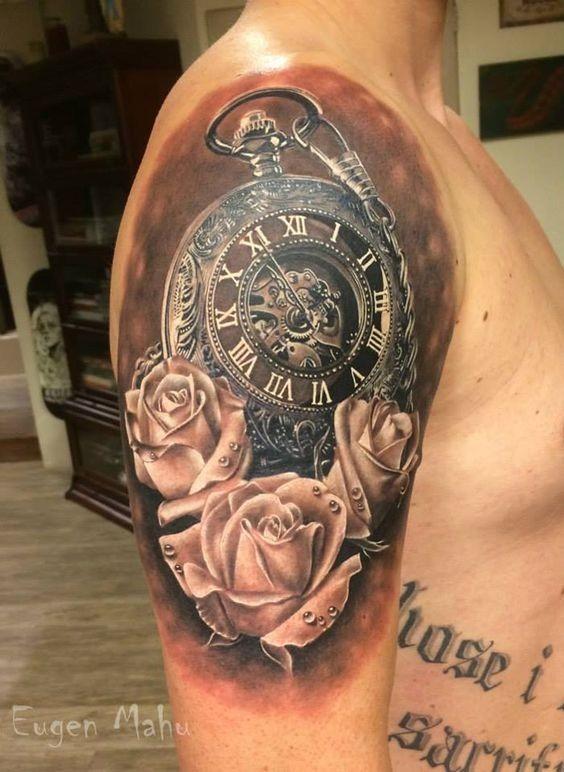 realista_relgio_de_bolso_braço_de_tatuagem