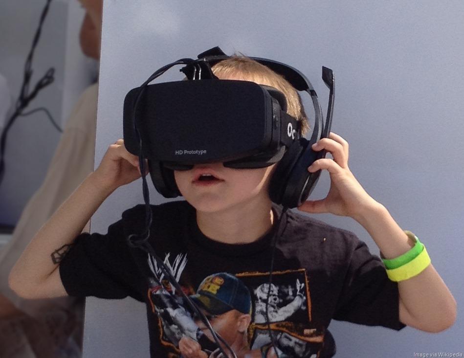 [Boy_wearing_Oculus_Rift_HMD%5B14%5D]