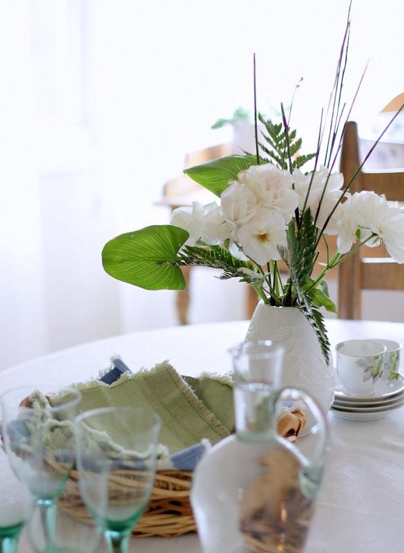 Green Glass Decor Tablescape