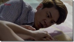 Lucky.Romance.E10.mkv_20160626_044817.312_thumb