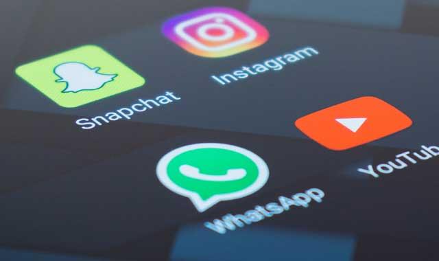 كيف أرسل رسالة إلى نفسي على تطبيق واتساب