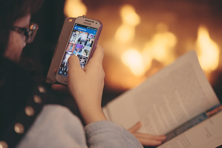 create a photo sharing app