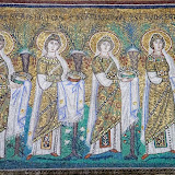 54. 22 Virgin Martyrs (Detail). Mosaic. VI century. The Basilica of Sant' Appolinare Nuovo. Ravenna. 2013