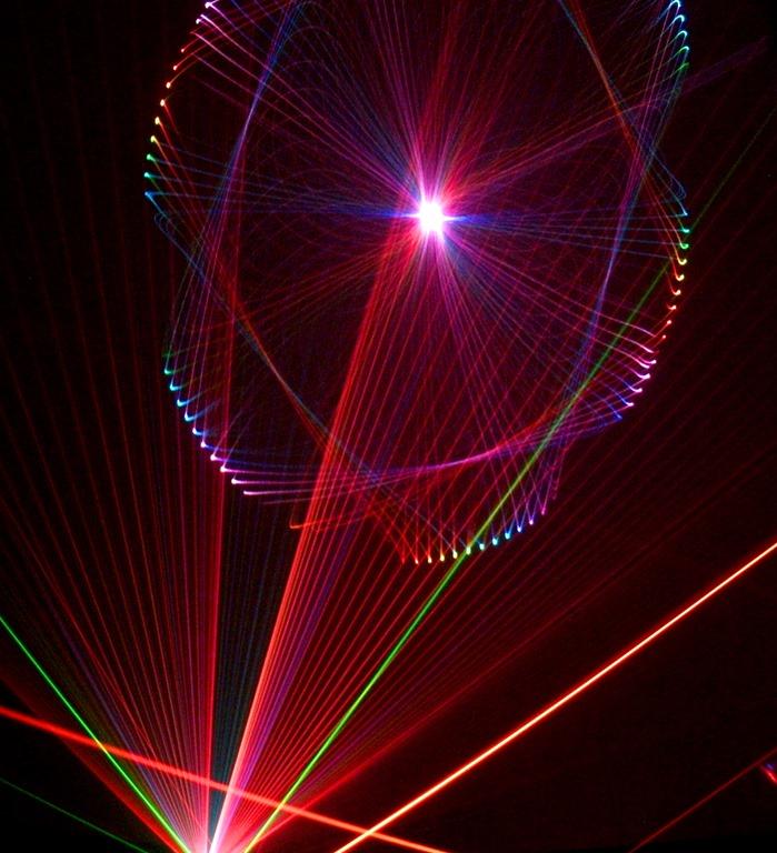 [RVCC+Planetarium+laser+image_2%5B5%5D]
