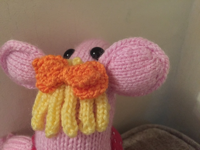 Sooz In The Shed...: A knitted Clanger - free pattern link
