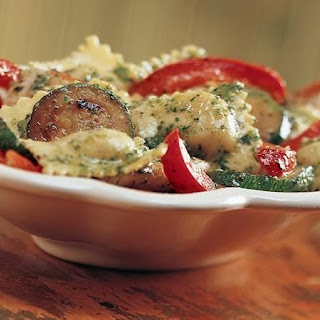 Pesto Ravioli with Chicken