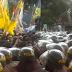 Demo Mahasiswa, BEM SI Nyanyikan Lagu  'Sudah 2 Tahun Jangan Lupa Tuntut Jokowi'