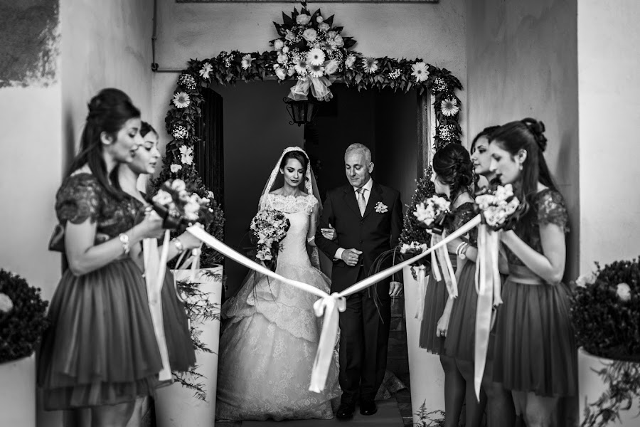 Wedding photographer Leonardo Scarriglia (leonardoscarrig). Photo of 30.03.2017