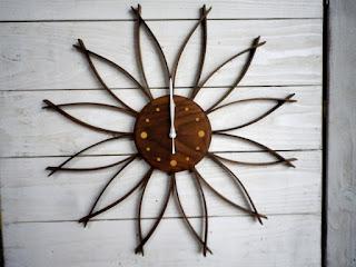 サンフラワークロック(L)ウォールナット sunflower clock walnut (L)