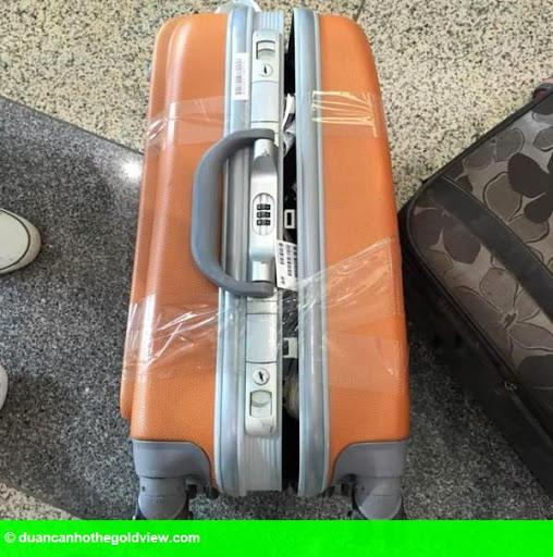 Hình 2: Clip: Vietjet Air lên tiếng vụ khách  tố bị lục vali, mất nhiều đồ giá trị