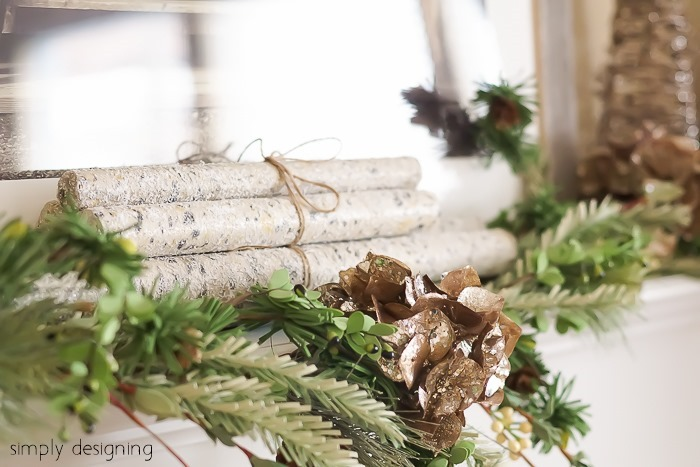 Natural-Glam-Christmas-Mantel-08297