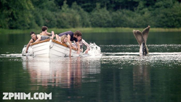 Ảnh trong phim Hồ Thủy Quái - Beneath 1