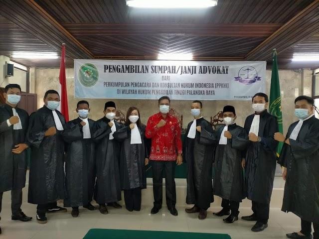 Resmi, Advokat Baru PPKHI Kalteng Dilantik