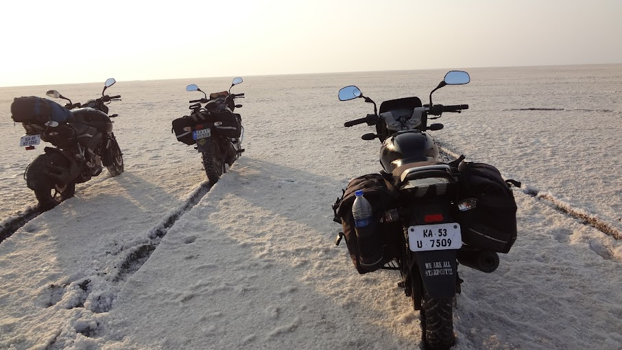 16 day bike ride to west of India covering 4800km - mission accomplished!