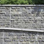 Mur de moellons équarris