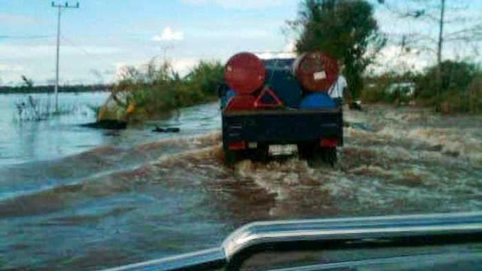 Banjir Bukit Rawi Arah Palangka-Gumas Masih Tinggi