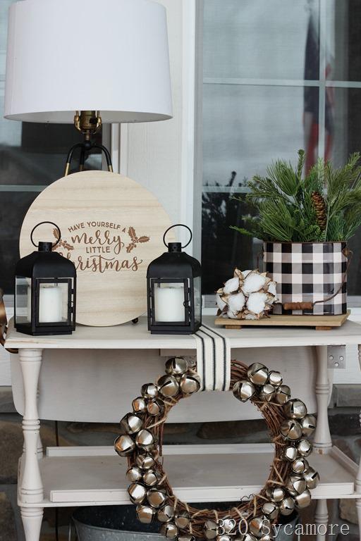[buffalo+check+Christmas+decor+silver+bells%5B3%5D]