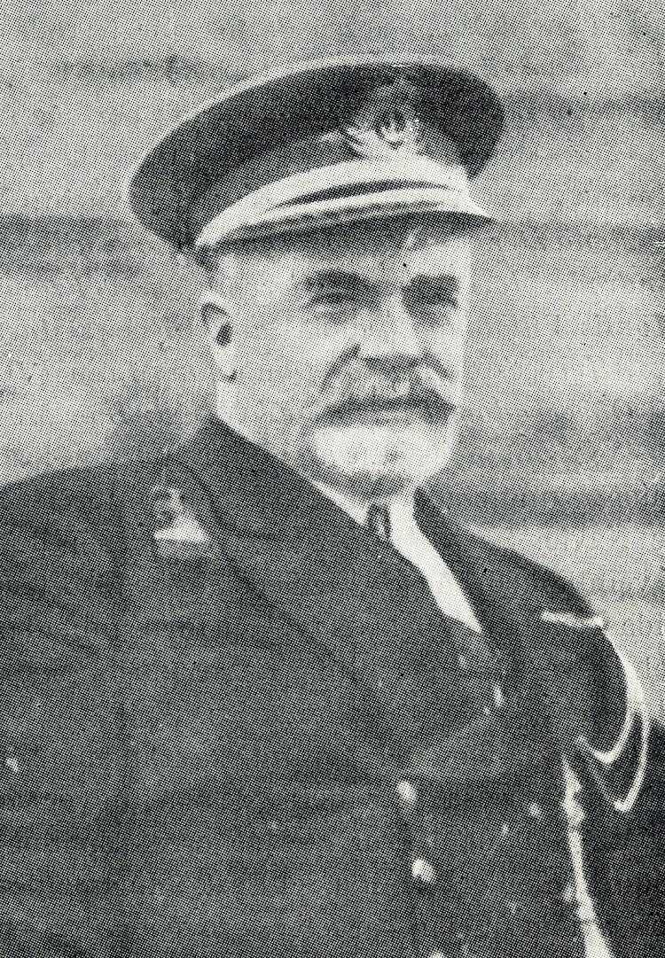 7- Capitán de Fragata D. Pedro Maria Cardona y Prieto. Jefe de la División de aeronáutica Naval. Barcelona. Historia de la Aeronáutica Española.jpg