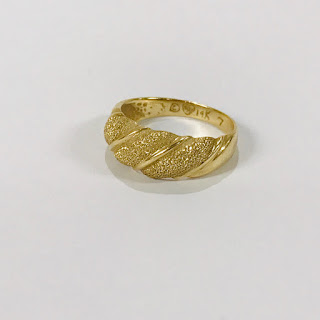 14K Gold Pebbled Dome Ring