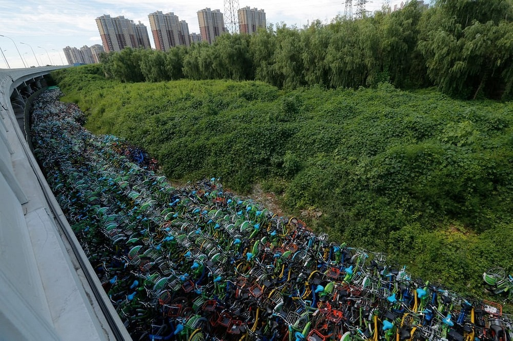 bike-sharing-graveyard-china-10