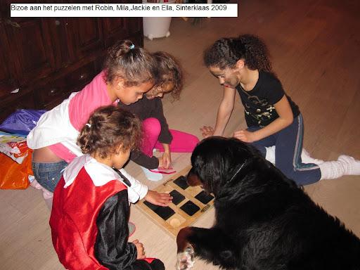 Sinterklaas dochters peggy dec2007.JPG