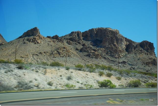 04-13-16 B New Mexico I10 Border Heading East (10)