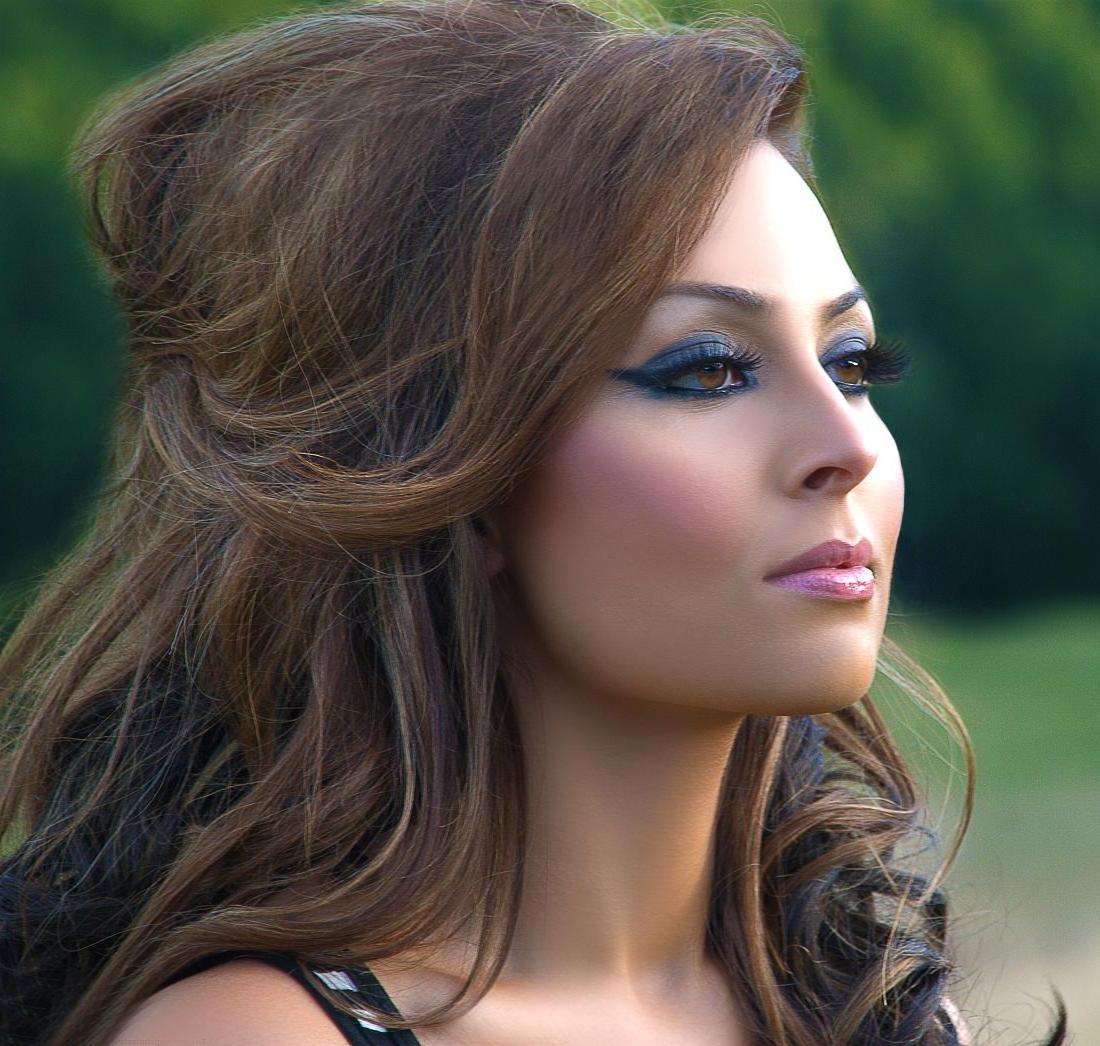 Grecian Wedding Hairstyles: Kathleena's Blog: Fat Greek Wedding Star In