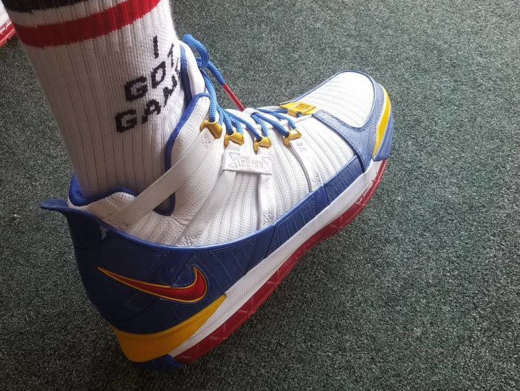 08417f9ad63a7 Retros Maybe Yes  Maybe No  LeBron James Dons Superman 3 s