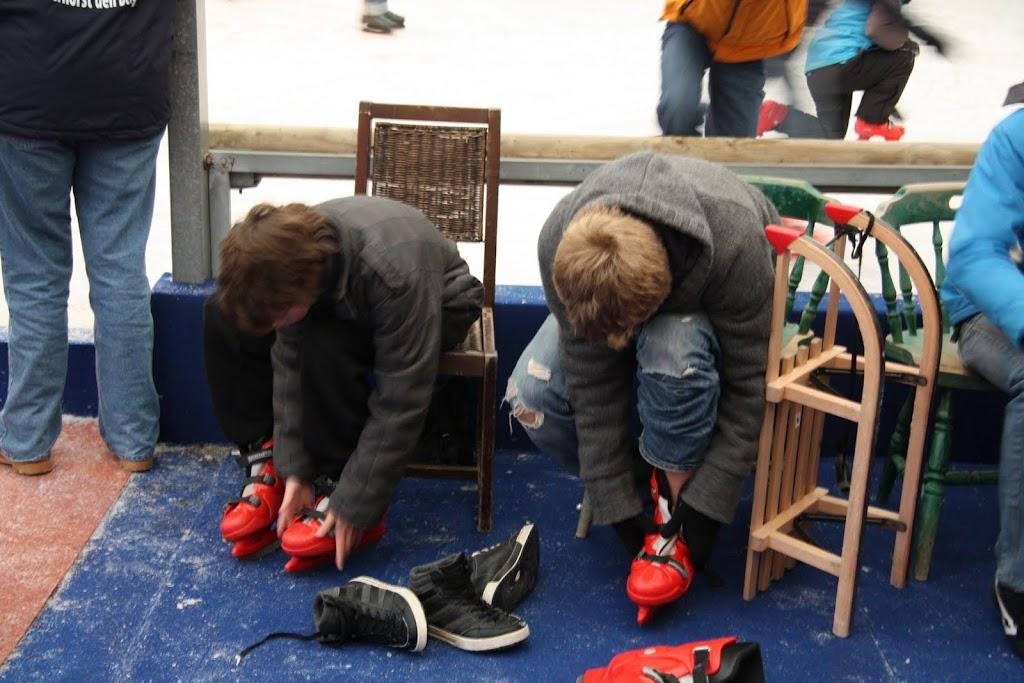 Sinterklaas bij de schaatsbaan - IMG_0290.JPG
