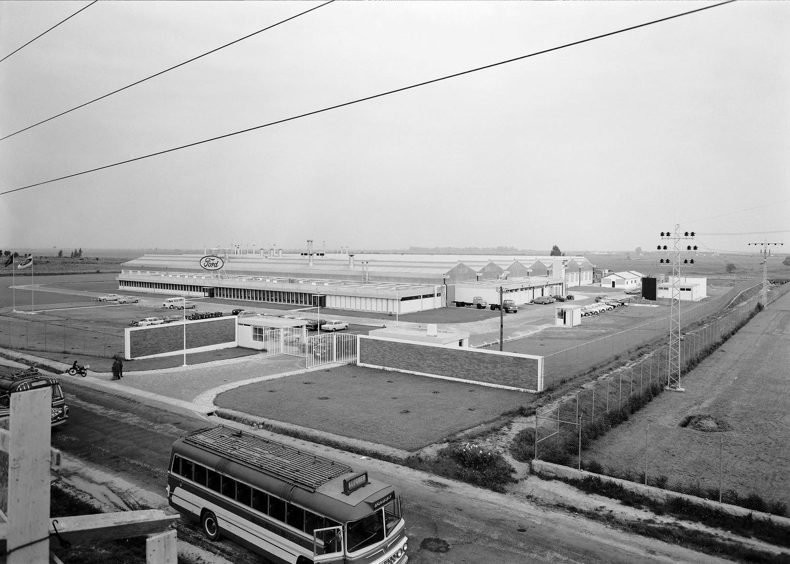 [1964-Ford-Lusitana6]